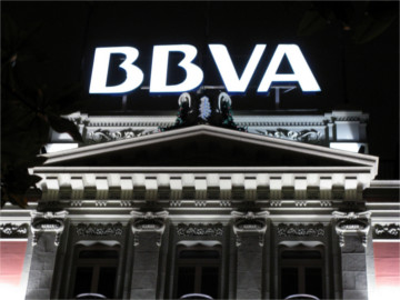 BBVA customers can now completely control their cards